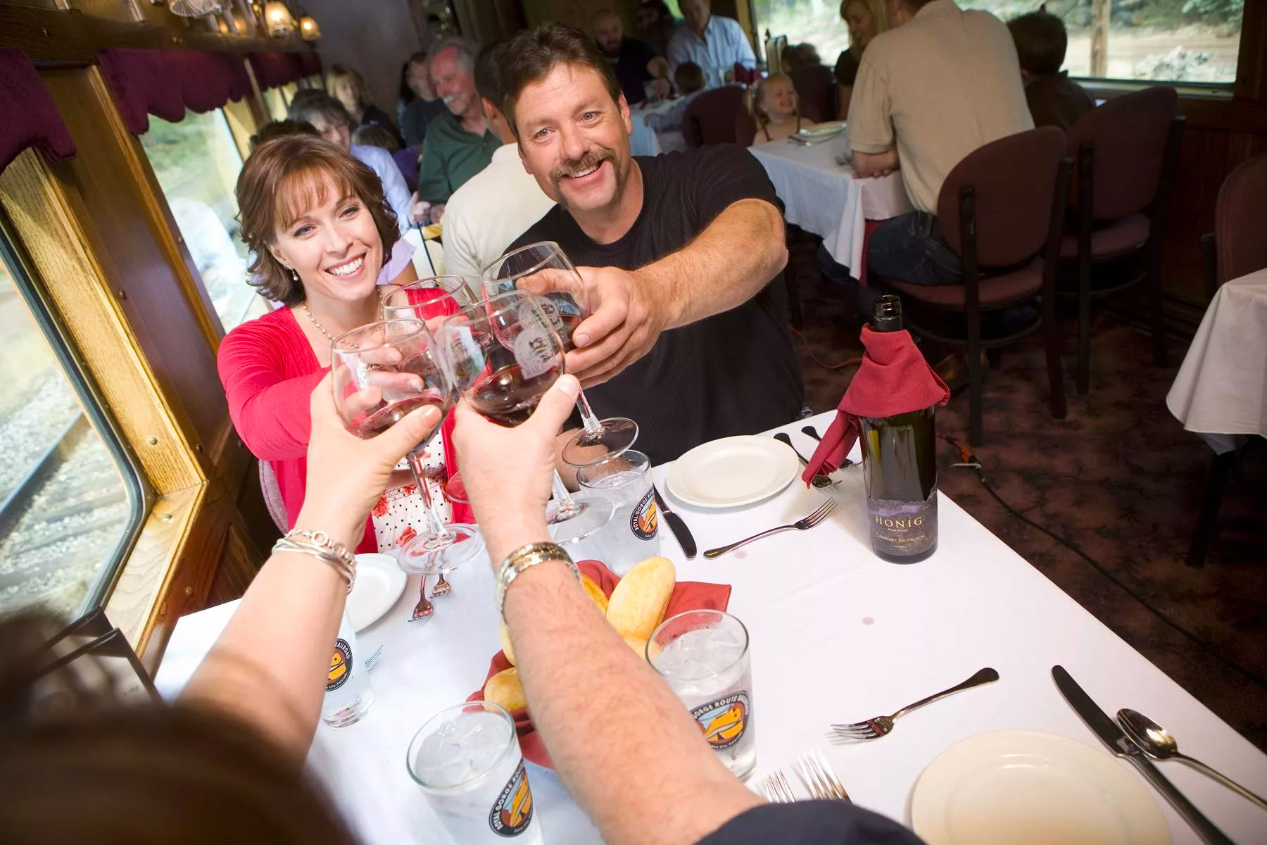 The Colorado Wine Train Pairs Memorable Scenery With Local Wines