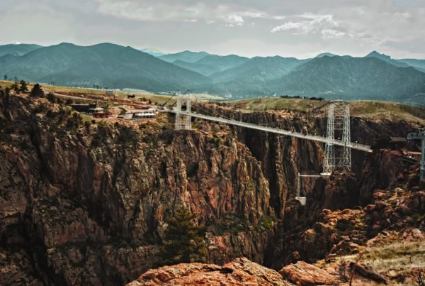 Longshot of the royal gorge bridge and park in canon city